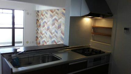 壁付キッチンをリフォームして対面キッチンに
