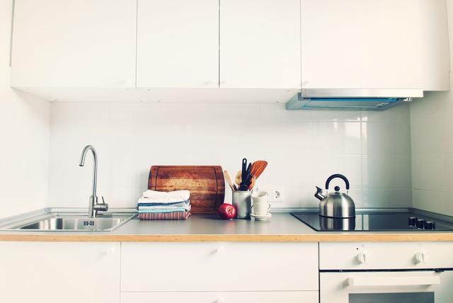 リノベーション前の壁付キッチン