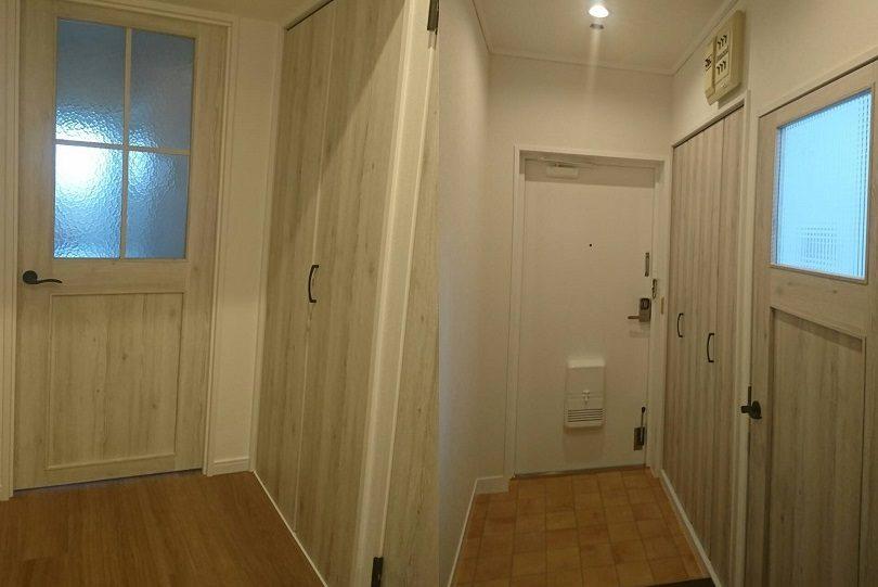 フルリフォームした3LDKのマンションの玄関